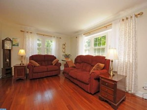 803 Pierce Rd in Norristown is spacious and clutter-free!