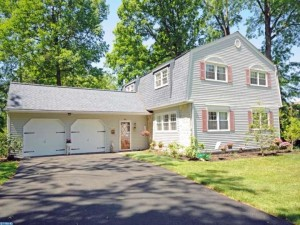 804 Pierce Rd in East Norriton, PA