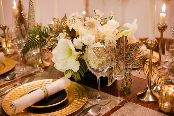 Be sure to consider whether or not you wish to set your holiday table formally. For more formal occasions where etiquette rules supreme (perhaps a ... & Holiday Table Setting Inspiration - EveryHome Realtors