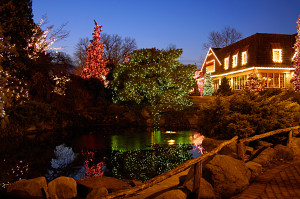 Peddlers Village Holiday Shopping