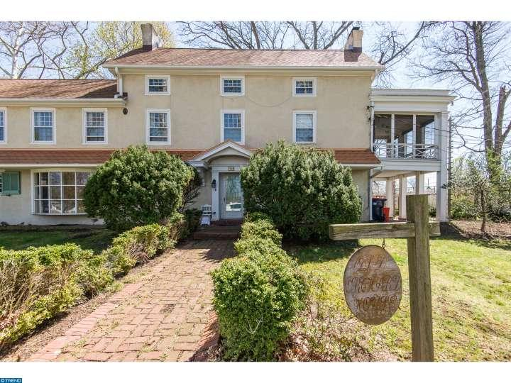 Three Most Romantic Homes For Sale