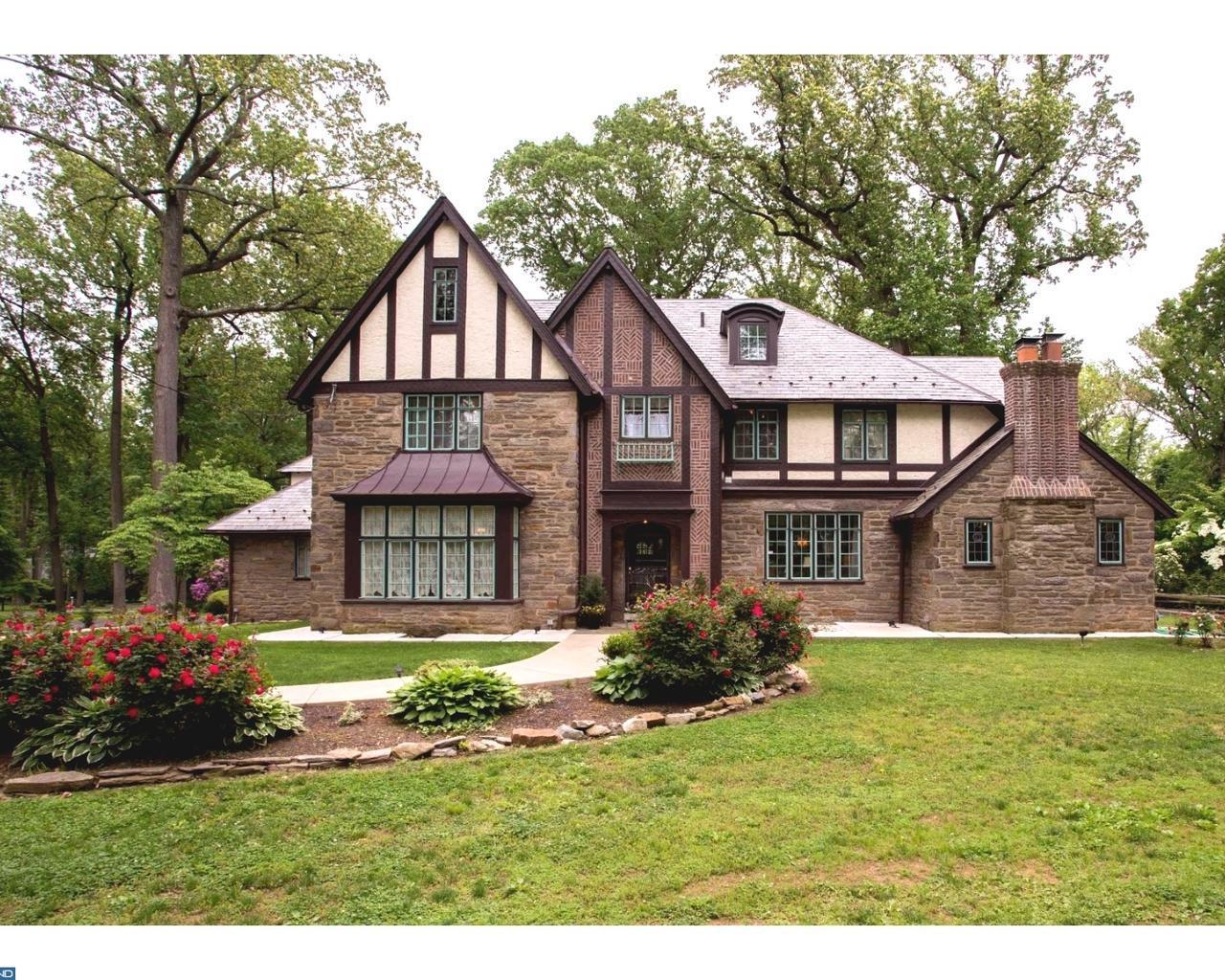 3 stately tudor homes for sale in greater philadelphia for Tudor style homes for sale