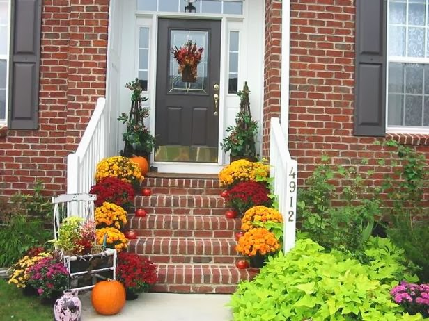 4 Home Staging Tips for Fall