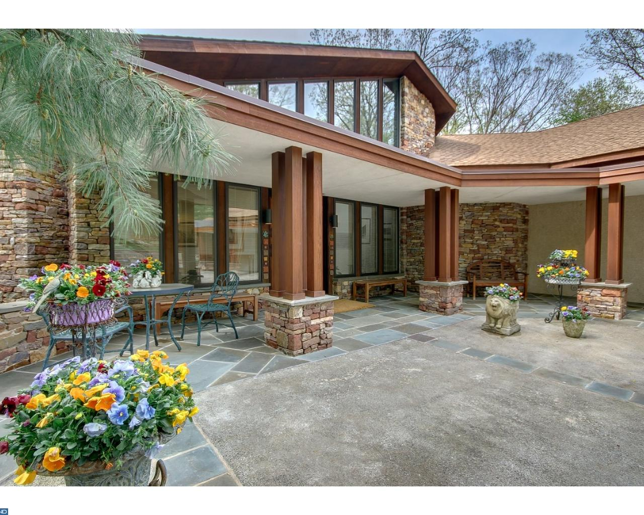 4 Incredible Contemporary Homes for Sale in Montco