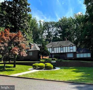 Photo of 23 Assiscunk Drive, Columbus NJ