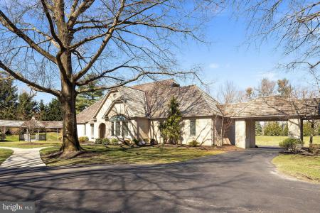 Photo of 2 Willow Point, Moorestown NJ