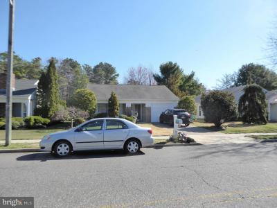 Photo of 885 N Westminster Drive, Southampton NJ