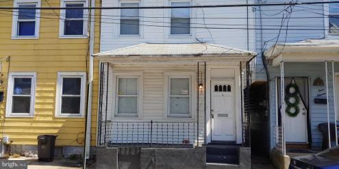 Photo of 409 Lawrence Street, Burlington NJ