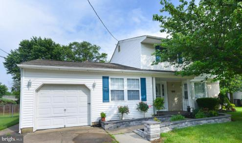 Photo of 137 Central Avenue, Woodbury Heights NJ