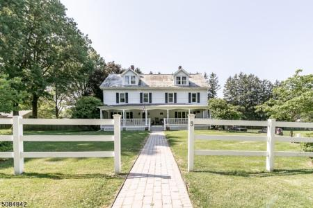 Photo of 5 Galloping Hill Road, Clinton NJ