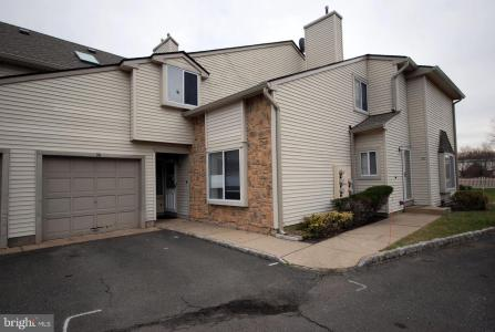 Photo of 34 Chatham Court, Hightstown NJ