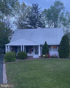 Photo of 13 Scarsdale Place, Ewing NJ
