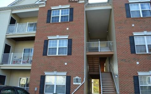 Photo of 428 Lucy Court 428, South Plainfield NJ