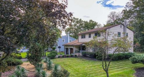 Photo of 428 Brentwood Drive, Piscataway NJ
