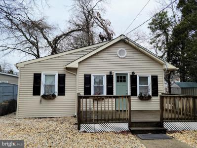 Photo of 582 Garfield Avenue, Toms River NJ