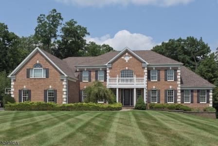 Photo of 34 Crownview Court, Sparta NJ
