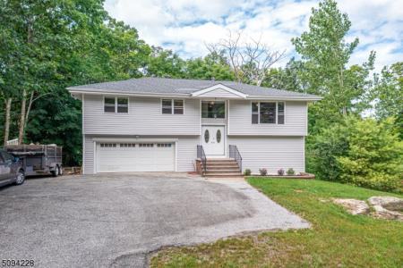 Photo of 789 Canistear Road, Vernon NJ