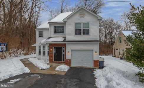 Photo of 500 West Lawn Avenue, Reading PA