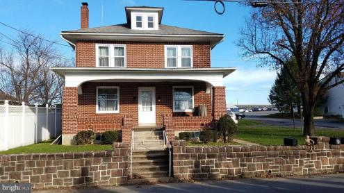 Photo of 341 Indian Manor Drive, Leesport PA