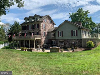 Photo of 23 Lindsay Court, Mohnton PA