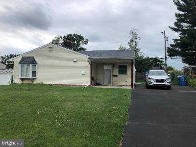 Photo of 121 Gable Hill Road, Levittown PA