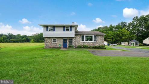 Photo of 1818 Swamp Road, Fountainville PA