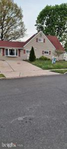 Photo of 74 Hawthorne Lane, Levittown PA