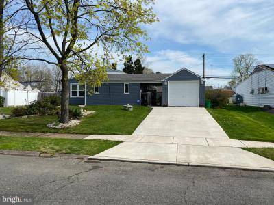 Photo of 35 Indian Park Road, Levittown PA
