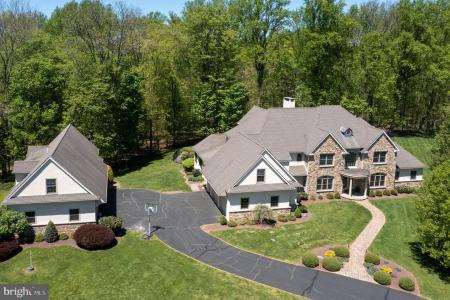Photo of 106 Autumn Trace Dr, New Hope PA