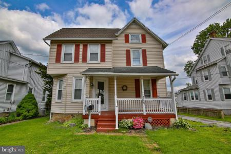 Photo of 127 S 2nd Street, Quakertown PA