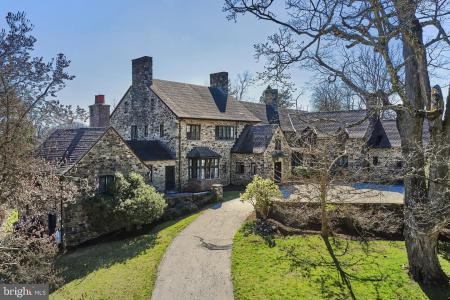 Photo of 980 Providence Road, Newtown Square PA