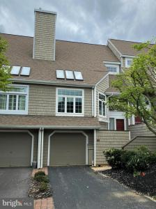 Photo of 8 Wellfleet Lane, Chesterbrook PA