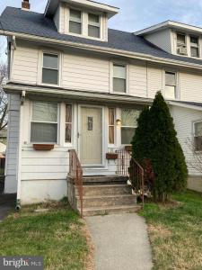 Photo of 19 W Forrestview Road, Brookhaven PA