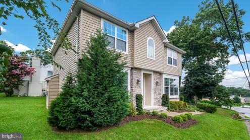 Photo of 12 N Britton Road, Springfield PA