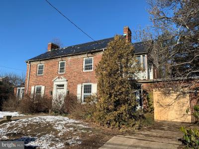 Photo of 9 W Dupont Street, Ridley Park PA