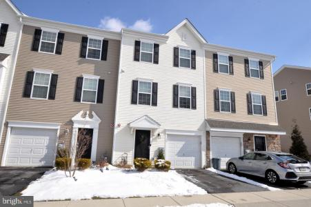 Photo of 14 Faraday Court, Morton PA