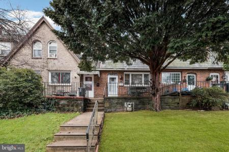 Photo of 261 N Linden Avenue, Upper Darby PA
