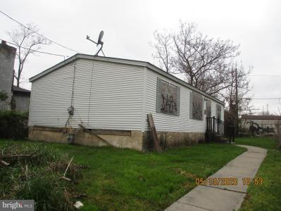 Photo of 718 W 3rd Street, Chester PA