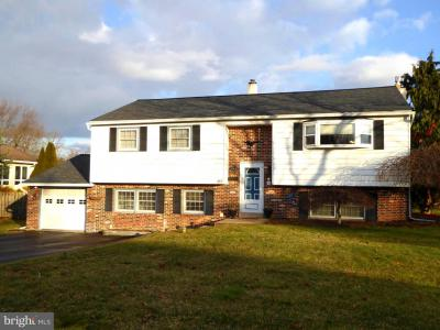 Photo of 274 Winchester Place, Red Hill PA
