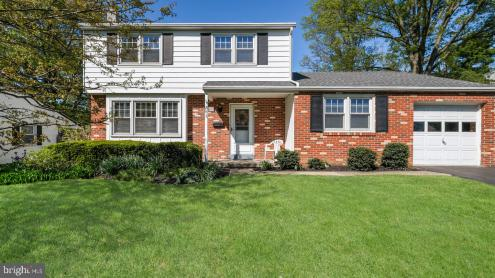 Photo of 843 Lombardy Drive, Lansdale PA