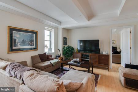 Photo of 1701 Locust Street 1705, Philadelphia PA